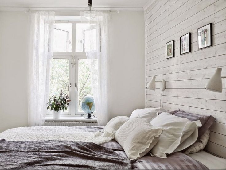 Wall Panels Made Of Wood White Country House Bedroom Back Wall Lights Bedroom Country House Lights Pa Schlafzimmer Weiss Wandpaneele Landhaus Schlafzimmer