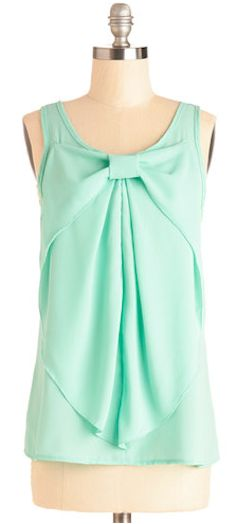 darling bow top  http://rstyle.me/n/fdjxjpdpe