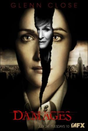 Estados Unidos (Glenn Kessler, Todd A. Kessler y Daniel Zelman, 2007-2012). Patty Hewes (Glenn Close) es una famosa e implacable abogada, experta en litigios contra dirigentes de grandes compañías. Ellen Parsons (Rose Byrne) es su joven y brillante protegida (Filmaffinity).
