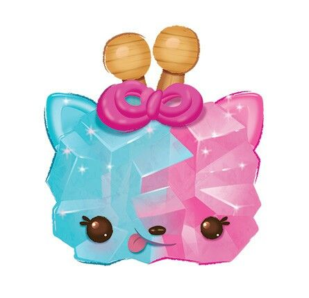 Courtney Candy Num Noms
