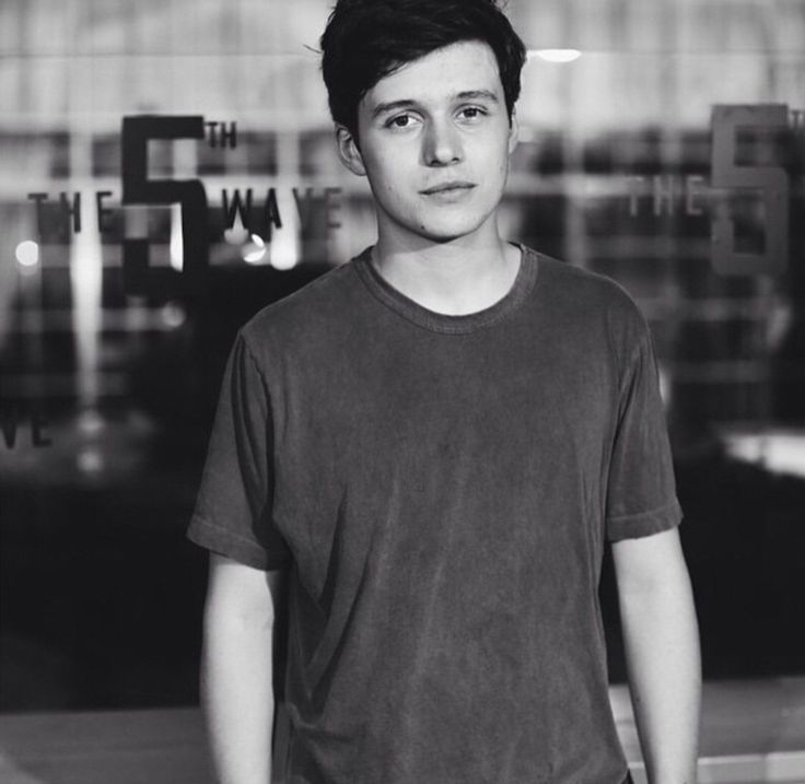 """Nick Robinson} """"Ello loves, my name is Patch, or well, Jev, but don't call me that. """" I glare.""""Call me Patch, I mean it, call me."""" I say with a mocking grin, it showed no real warmth.""""I enjoy gambling, pool, and messing with pretty girls heart's. """" I wink.""""I'm definitely the boy your parents advice you to stay away from."""""""