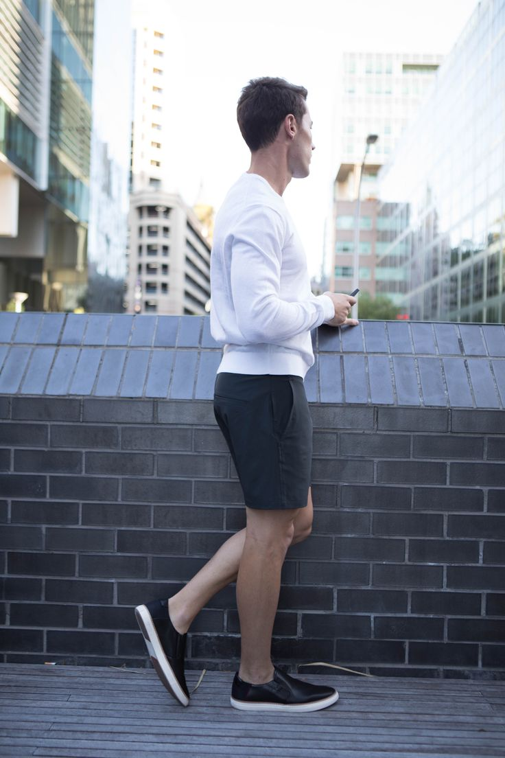 Non Stop Shorts | Cobba launch collection | Everyday Shorts | Men's fashion | Men's shorts | Urban men | City life | Urban living | Gym shorts | Mid length |
