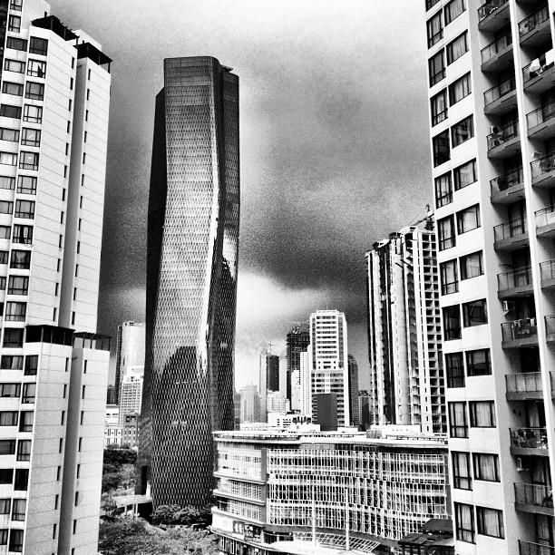 Bakrie Tower at Rasuna Epicentrum area, South Jakarta / Office / Completed  (photographer: Livio Grossi )