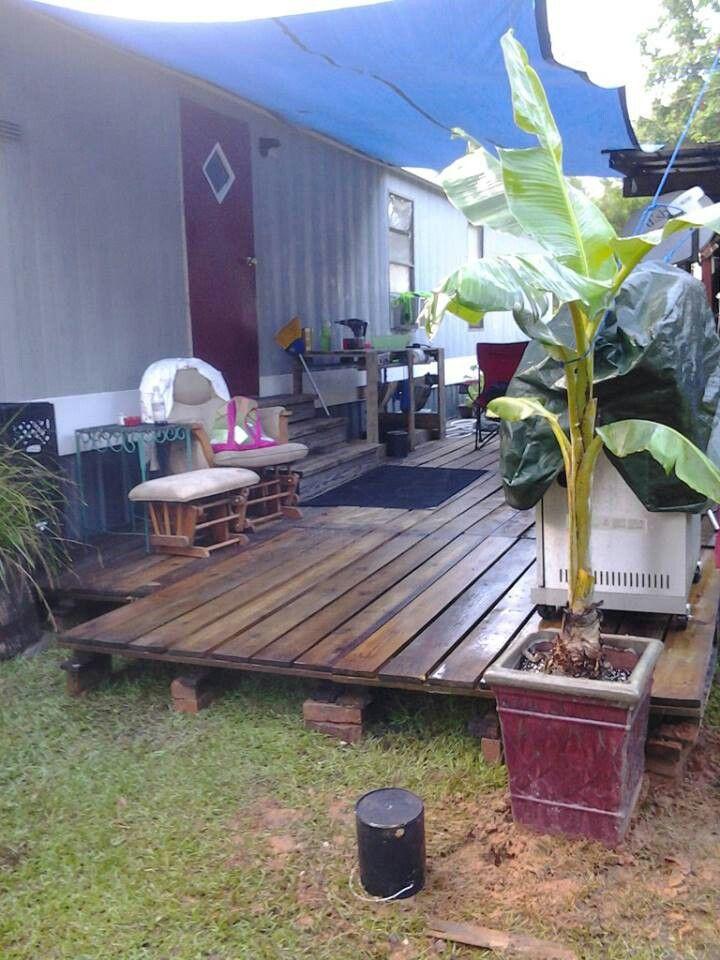 Pallet deck construccion7 pinterest patio de paleta for Mobiliario de patio