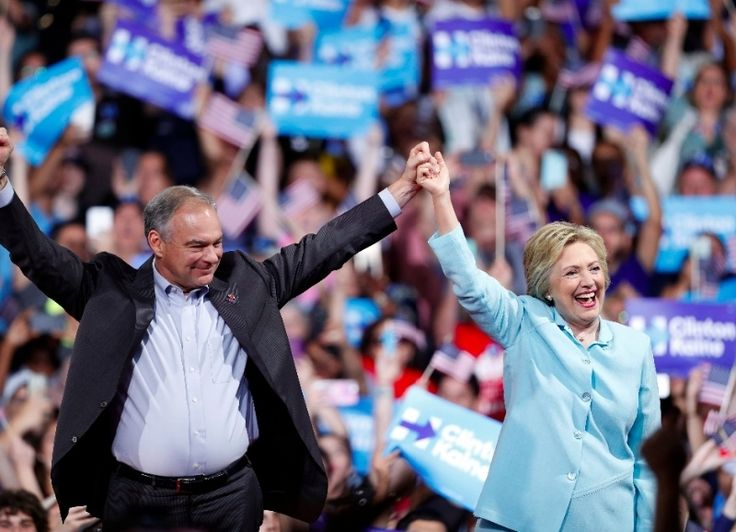"Tim Kaine, candidato a vicepresidente de Estado Unidos elogió a Hillary Clinton ""Somos compañeros del alma en esta lucha"" Tim Kaine, candidato a vicepresidente de Estado Unidos elogió a Hillary Clinton  http://www.novargentina.com/nota.asp?n=2016_7_25&id=44747&id_tiponota=8"
