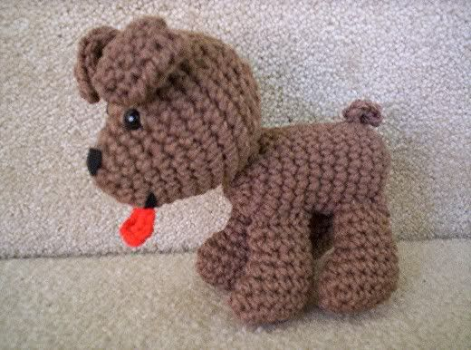 Cute puppy!  No pattern, but I think I can manage it....