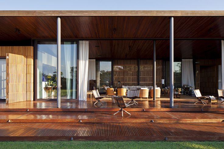 Casa ML / Bernardes Jacobsen