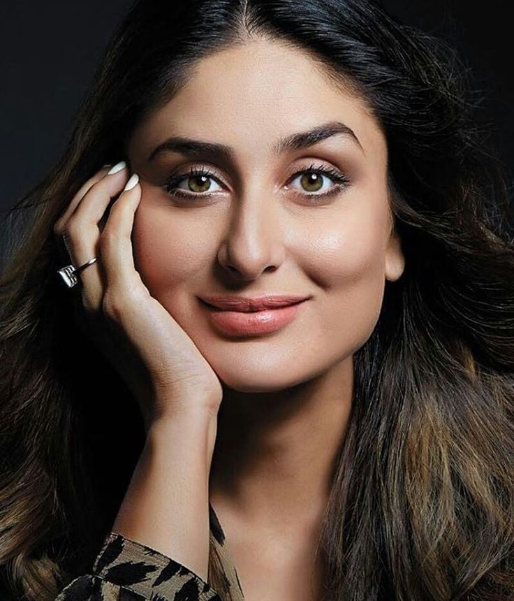 regram @bollywoodsmartpics A stunning picture of Kareena Kapoor Khan!  Repost from @bollywoodboulevard Check their account out beautiful pictures are posted!  #kareenakapoor #KareenaKapoorKhan #kiandka #saifeena #SaifAliKhan #Bollywood #bollywoodactress #UdtaPunjab #Khabiekushikhabiegham #karishmakapoor #shahrukhkhan #Bebo #arjunkapoor #RanbirKapoor #varundhawan #fawadkhan