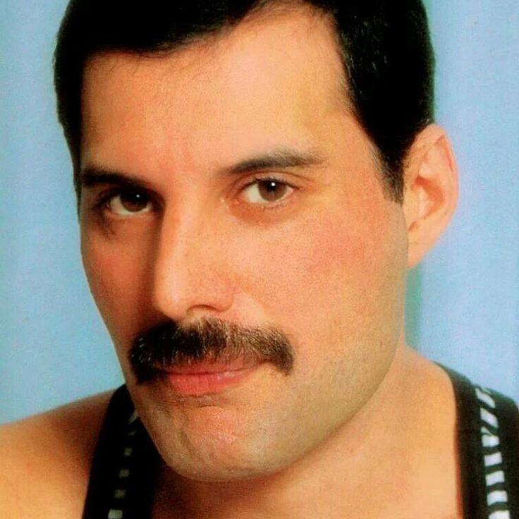 5 settembre , il grande Freddie Mercury avrebbe compiuto 69 anni.