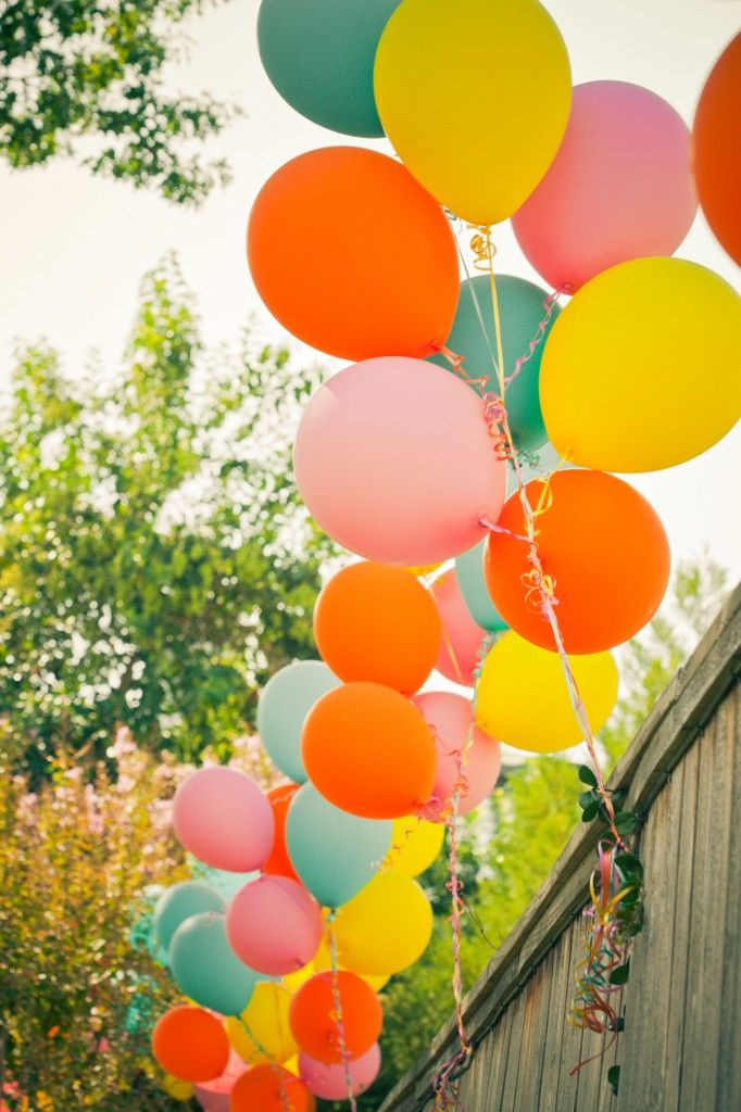 balloonsColors Combos, Birthday Parties, Balloons Parties, Elmo Birthday, Projects Nurseries, Colors Schemes, Balloons Colors Birthday, Colors Balloons, Parties Ideas