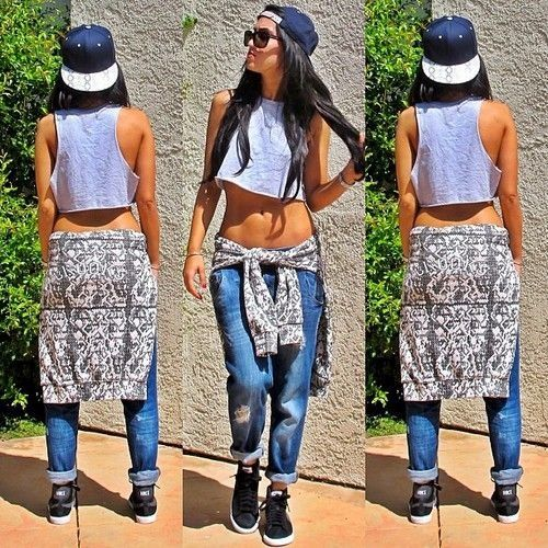 Boyfriend Jeans. Midriff. Snapback Outfit. Swag. Dope. Urban Fashion. Hip Hop Outfit. Hip Hop Fashion. Sneakers Outfit. Trill