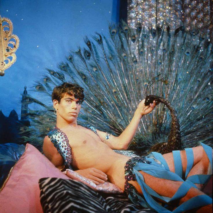 Les polaroïds de l'artiste américain auteur du culte Pink Narcissus sont exposés à Paris à la galerie Mathias Coullaud. i-D a rencontré le maître de Lachapelle, Pierre et Gilles et... Beyoncé.
