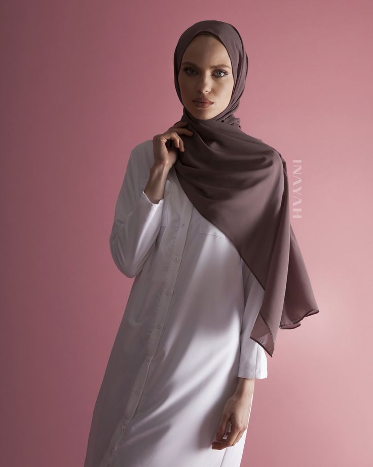 Encompass sophistication and style with our latest looks. White Batwing Sleeve #Shirt Dusty Ash Soft Crepe #Hijab www.inayah.co