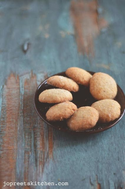 Coconut Cookies - Eggless I'm not so fond of coconut but have always liked south…