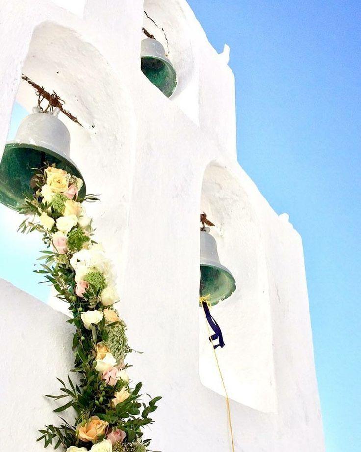 Greek chapel, wedding in Greece , destination wedding in Greece, flower garland www.santoweddingsbymk.com