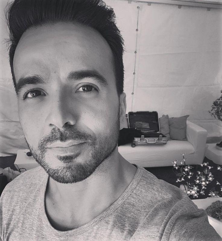 "118.7b Beğenme, 791 Yorum - Instagram'da Luis Fonsi (@luisfonsi): ""La Palma... Estamos listos??? #Showtime #loveanddanceworldtour"""