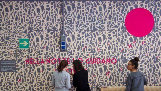"""Offerte lavoro Genova  Oggi al liceo Viesseux l'inaugurazione dell'opera realizzata insieme allo street artist Opiemme  #Liguria #Genova #operatori #animatori #rappresentanti #tecnico #informatico Imperia """"Nella notte lo guidano le stelle"""" un murales degli studenti per """"u Megu"""""""