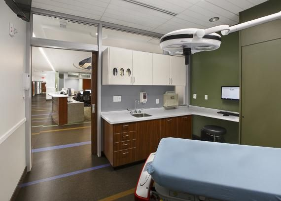 During a multiphased expansion, the Mountain View Hospital (Payson, Utah) doubled the size of its ED to 10,000 square feet and converted to private exam/treatment rooms, which are equipped for bedside registration. Custom millwork conceals the headwall when not in use, helping to reduce the visual clutter inside the rooms. Photo: www.fairchild-creative.com
