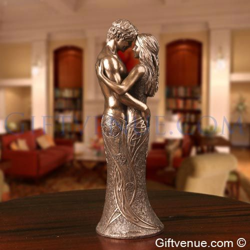 Genesis Celtic Lovers bronze figurine. Top gifts for wedding, engagement, wedding anniversary