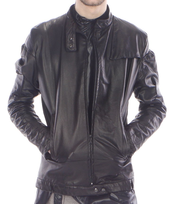 Detail: jacket (lamb leather)