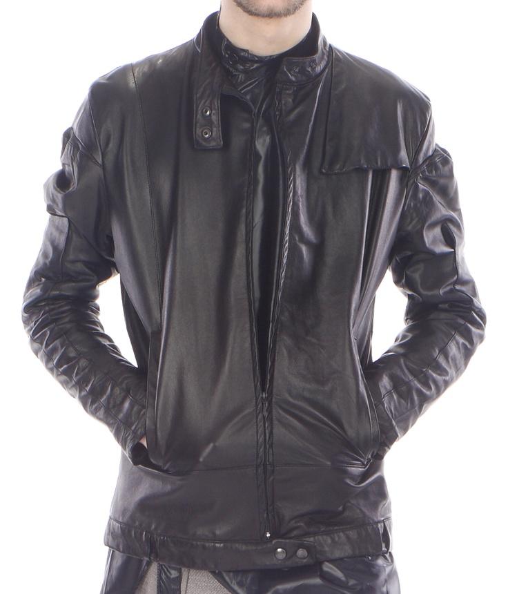 Detail: jacket (lamb leather)