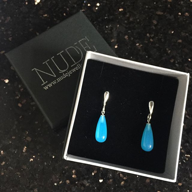 Still on a blue theme here! Gemstone earrings handmade from the customers own stones. #handmadejewelry #blue #handmadejewellery #earrings #bespoke #silver