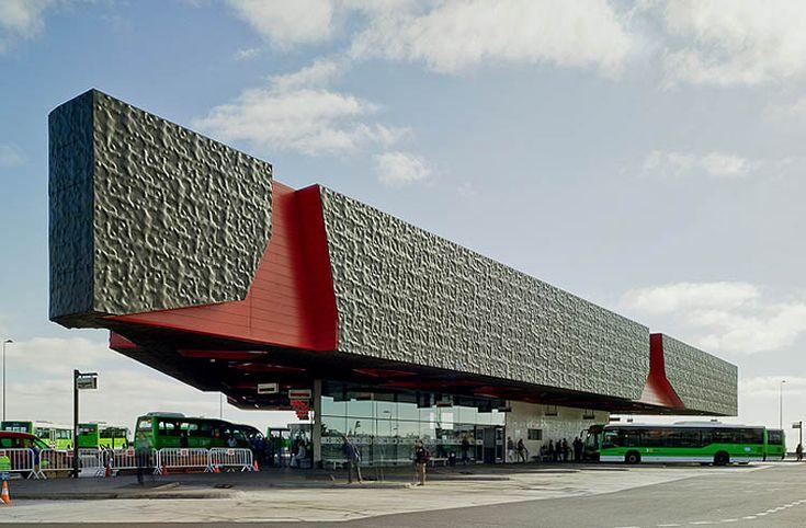 """Interchange Station Padre Anchieta"" (bus station) | Architect: Eustáquio Martínez - http://www.eustaquiomartinez.com | Photographer: David Frutos"