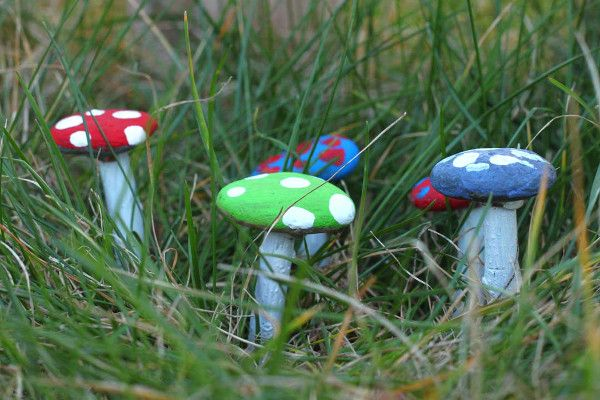 Make a little springtime magic with the kids by creating these sweet fairytale-like mushrooms for your potted plants or yard. They're perfect for you child's own garden, or a fairy garden. Collect these mushrooms in every color!