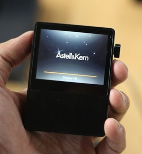 Astell and Kern AK 100 all singing all dancing portable Music Player, great review by Paul on hifipig.com