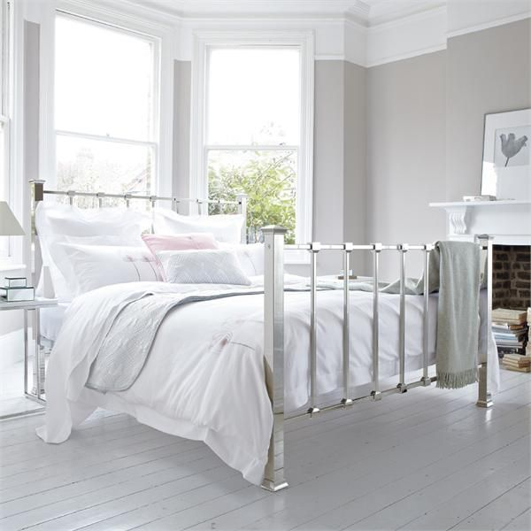 White minimalist metal bed frame beds bedrooms for Metal bedroom furniture