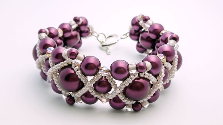 TheHeartBeading: Pearl Bracelet Tutorial (no sound)
