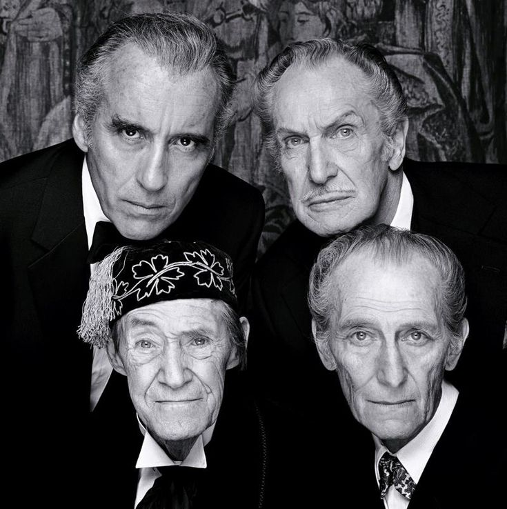 Christopher Lee , Vincent Price , John Carradine , Peter Cushing