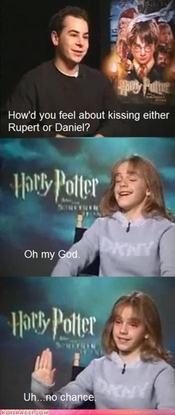 Hahahahahahahhaa oh my god she kisses both of them hahahahaha. You're wrong Hermione, how is that possible?