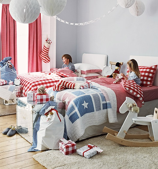 Childrens bedroom. What a happy room!