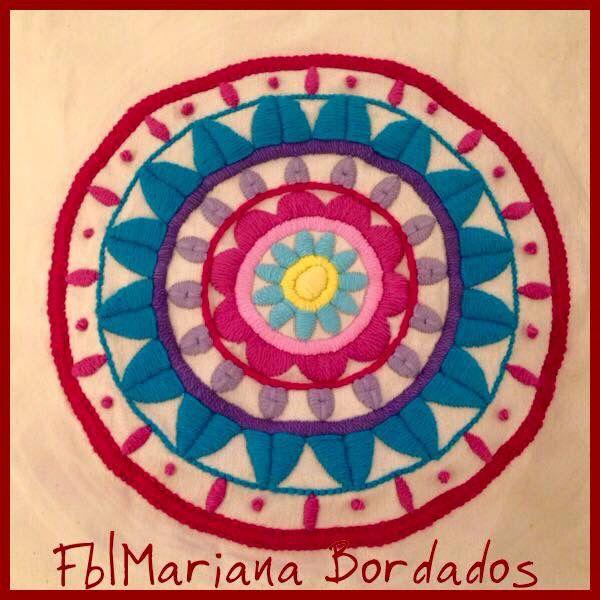 Mandala bordada a mano con Lana - Fb| Mariana Bordados | Bordado ...
