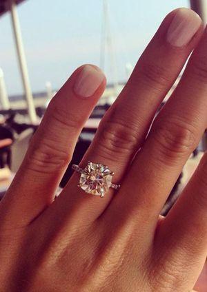 9.5 mm cushion cut brilliant wedding engagement rings