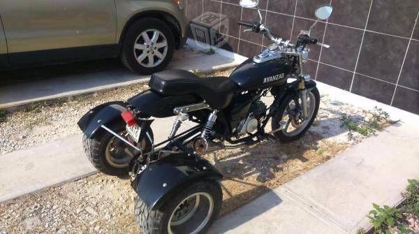 Moto de tres ruedas