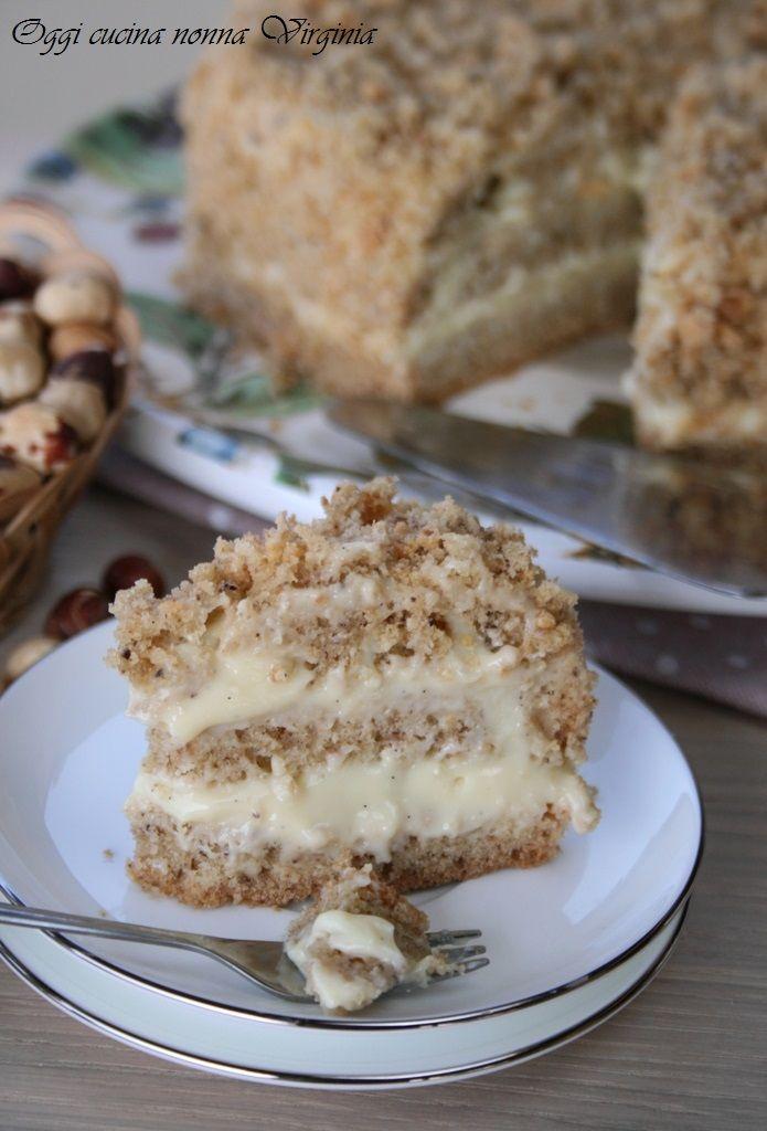 Una delicata crema alla vaniglia per farcire la TORTA ALLE NOCCIOLE di Oggi cucina nonna Virginia http://blog.giallozafferano.it/cucinanonnavirgi/2015/04/torta-nocciole-farcita/ #gialloblogs #foodporn