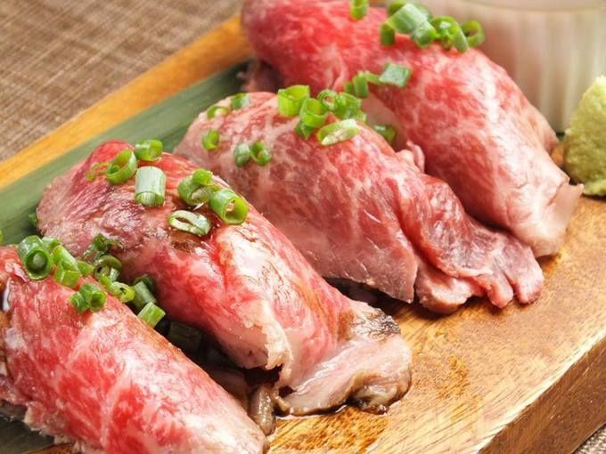 カウラナコーンカフェ@吉祥寺 大人の【国産牛肉寿司】食べ飲み放題コース全14品が4,000円!ランプの雲丹乗せ、炙りリブロース、サーロイン、フィレといった肉寿司が思う存分に頂けます。これはアツい!