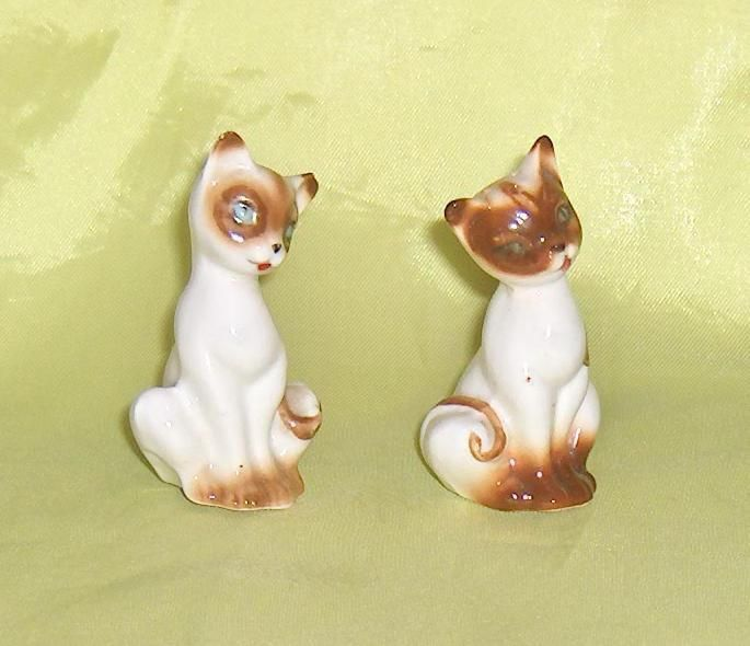 Bone China Pair Vintage Cat  Kitten Shakers Figurines with Original Labels