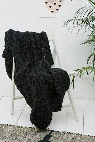 Chunky Knit Black Throw