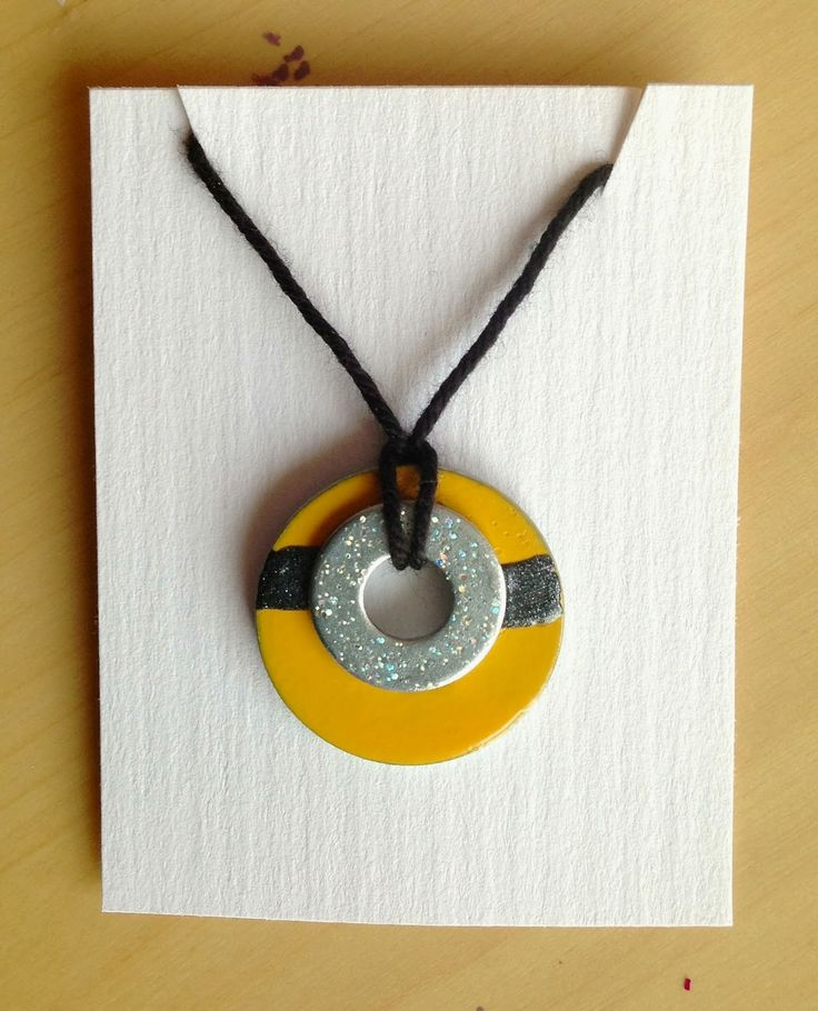 Holly's Arts and Crafts Corner: Craft Project: DIY Nail Polish Wash Necklaces & Magnets...Minion washer necklace