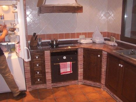 Una de almu y otra de arena cocina de obra con toque vintage cocinas de obra pinterest - Cocina de ladrillo ...