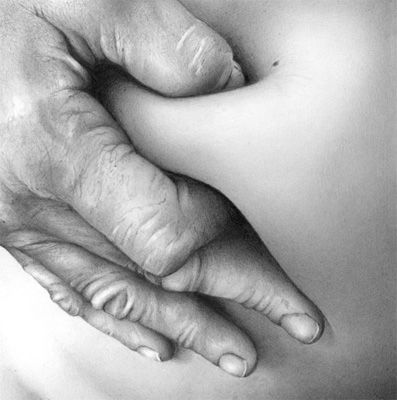 Photorealistic pencil sketches these stunning photograph quality pinched flesh pencil drawings are the work of artist cath riley