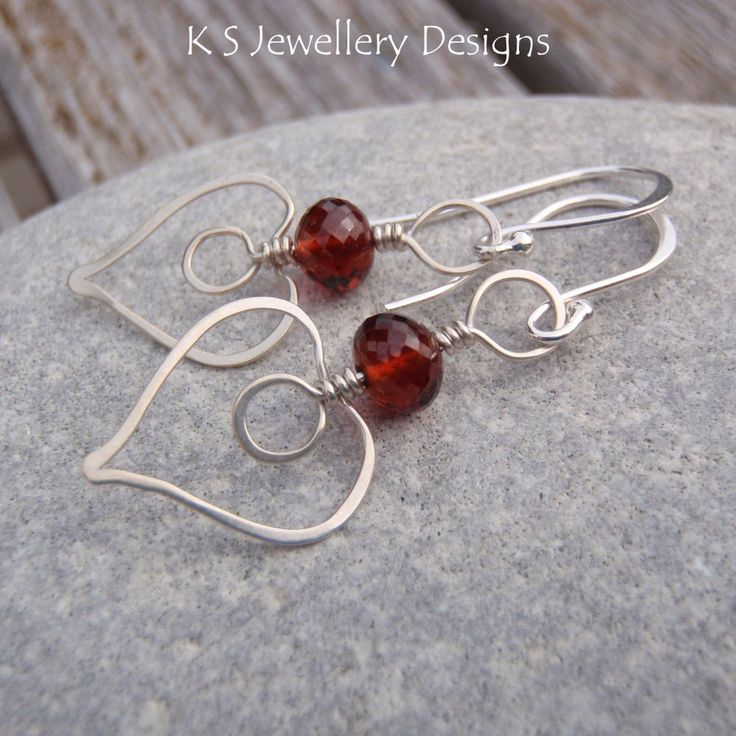 Hammered Hearts Earrings | JewelryLessons.com