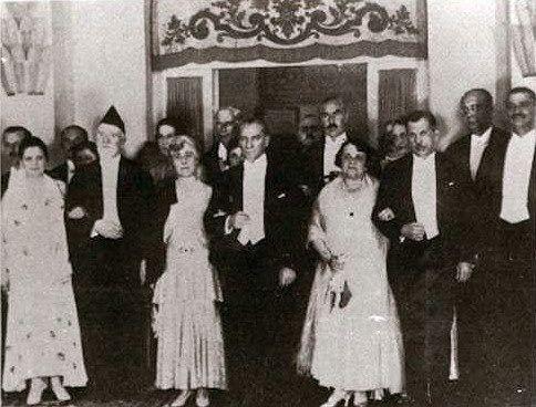 Santeos: Ευθύνες περιόδου  1914 -1923
