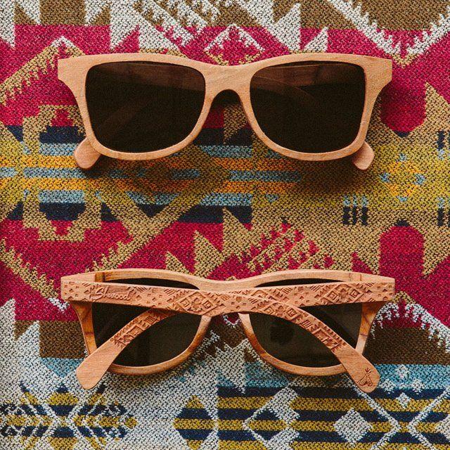 ¡Los efectos en madera se han convertido en una expresión de estilo eco-friendly! http://www.linio.com.mx/moda/lentes/?utm_source=pinterest&utm_medium=socialmedia&utm_campaign=MEX_pinterest___fashion_raybanmadera_20131128_22&wt_sm=mx.socialmedia.pinterest.MEX_timeline_____fashion_20131128raybanmadera22.-.fashion