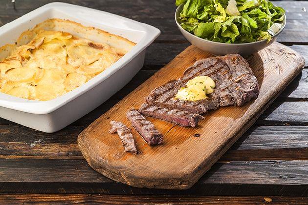 Πατάτες a la creme (dauphinois ) με μπριζόλα βουτύρου