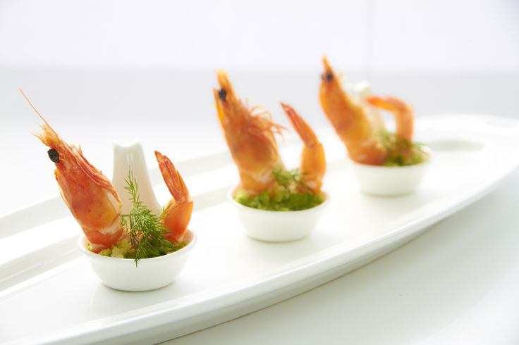 Prawn in chinese spoon canape canapes pinterest for Canape oriental