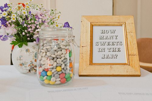 how many candies in the jar???